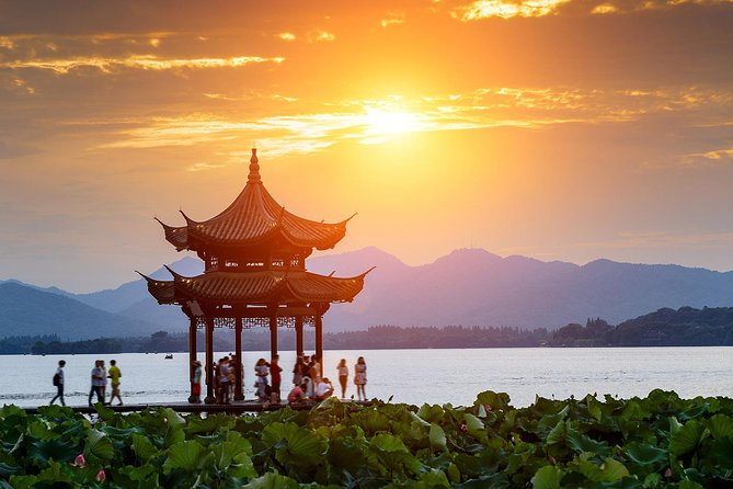 Private Hangzhou Day Trip from Shanghai by High-speed Train