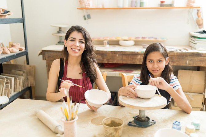 Typical Pottery Experience with local Artisans in Catania