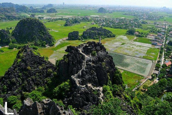 All-Inclusive Ninh Binh Day Trip: Hoa Lu - Tam Coc - Mua Cave