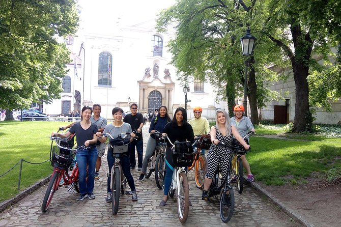 7 BEST VIEWS - PRAGUE eBIKE TOUR