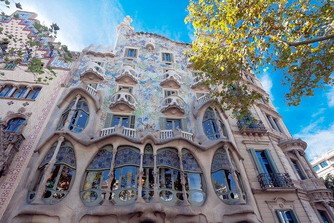 Art Nouveau Houses Guided Tour