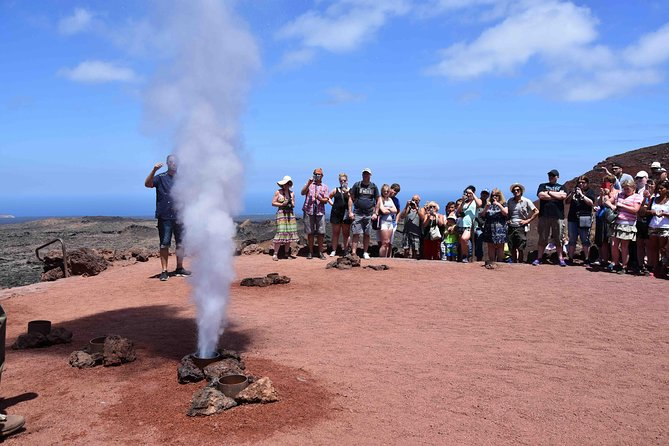 Lanzarote Grand Tour with Timanfaya and Jameos del Agua