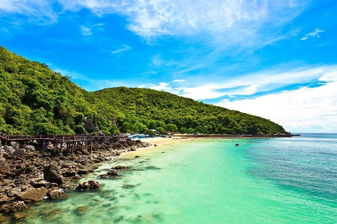 Private Transfer from Bangkok to Trat with 2h of Sightseeing