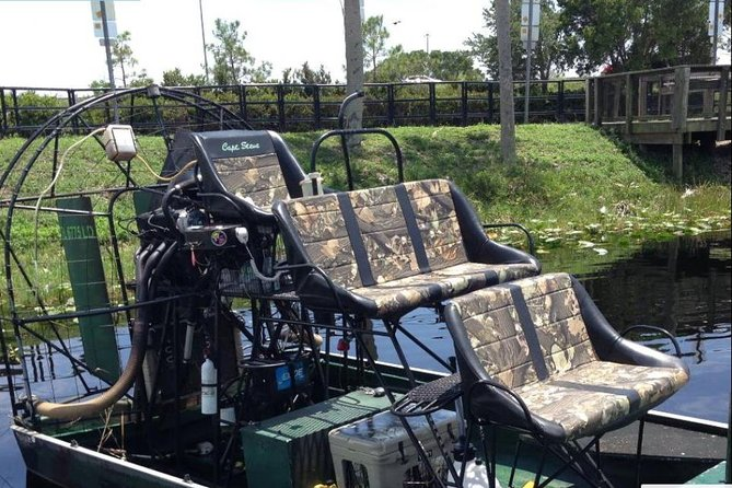 4-Hour Swamp Buggy Adventure Tour in Florida