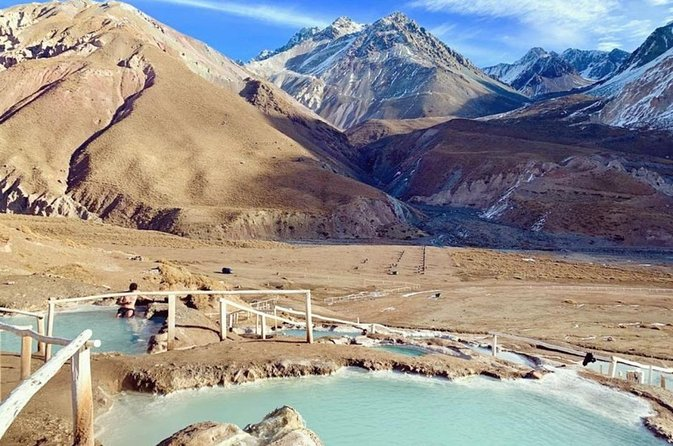 Private tour Cajón del Maipo and Natural hot springs