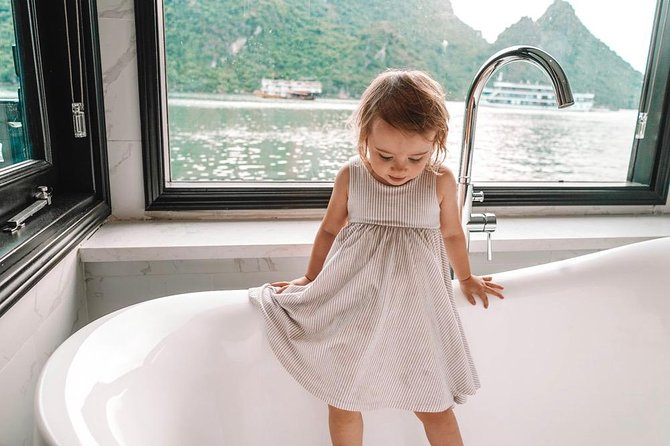 2D1N tour OVERNIGHT on hand-picked 5 star cruises-explore Halong and Lan Ha Bay