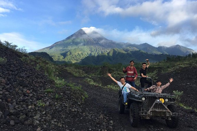 Merapi Sunrise by Jeep & Jomblang Cave Tour photo 9