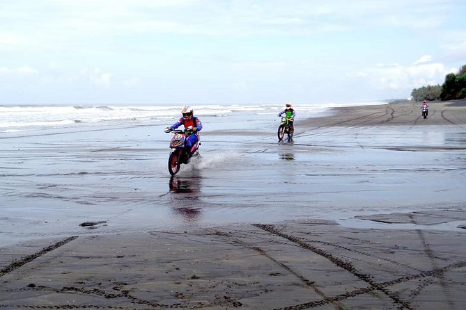 BEGINNER RIDE - Start your session on the sandy beach