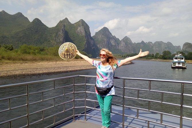 Fornecedor local: Bilhete de cruzeiro Li River de 3 estrelas e retirada do hotel