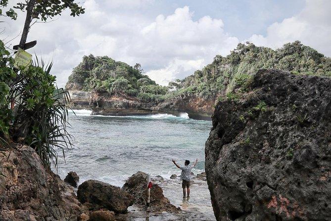 2D1N - Malang Beach Camping
