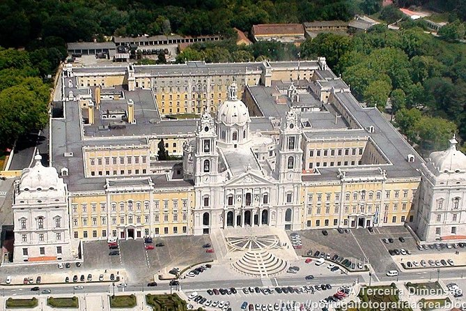 Private 1-day tour of Queluz Palace, Moorish Castle, Mafra ...