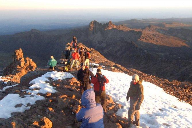 5 Days Mount Kenya Trekking Through Sirimoni-Chogoria Route