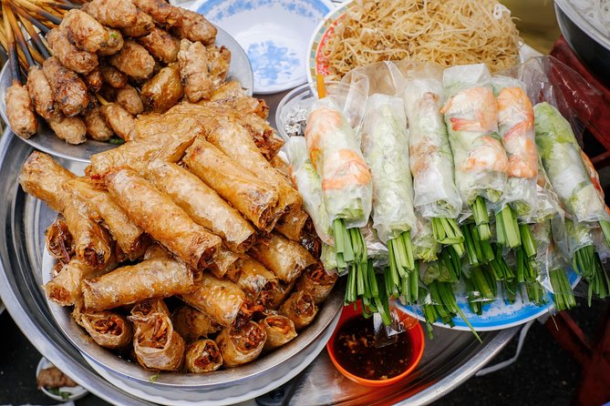 Hanoi street food tour with local expert guide