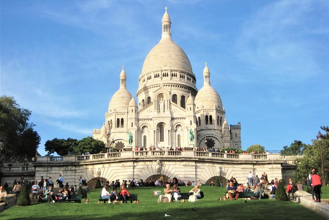 MONTMARTRE lifestyle, art & food tour