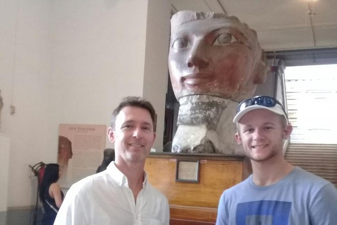 Private 8-Hour Tour to Giza Pyramids and Egyptian Museum from Cairo photo 4