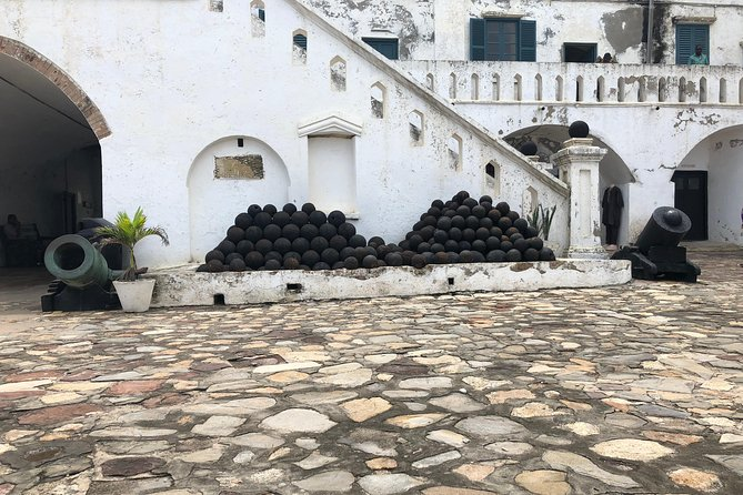 2 Days Tour From Accra To Cape Coast Castle, Kakum National Park & Elmina