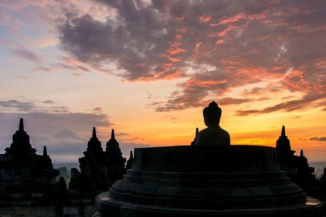 Borobudur Temple Sunrise photo 7