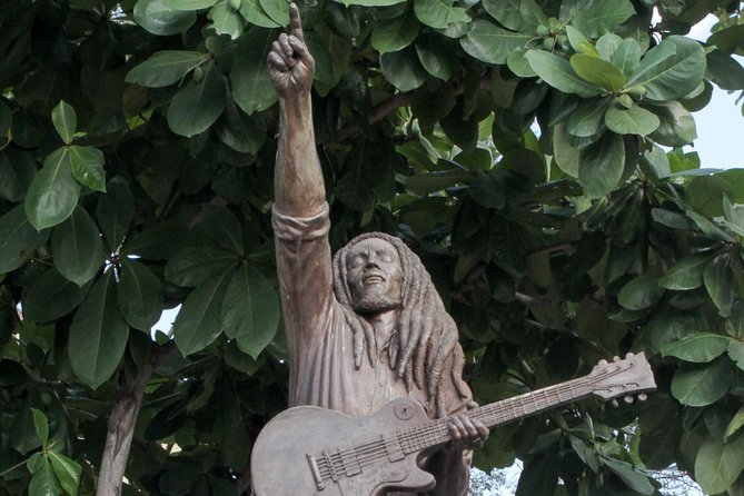 Bob Marley Nine Miles & Dunn's River with Lunch from Runaway Bay & Ocho Rios