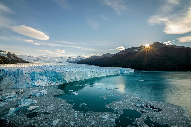 Full-Day Tour to the Perito Moreno Glacier including Boat Safari