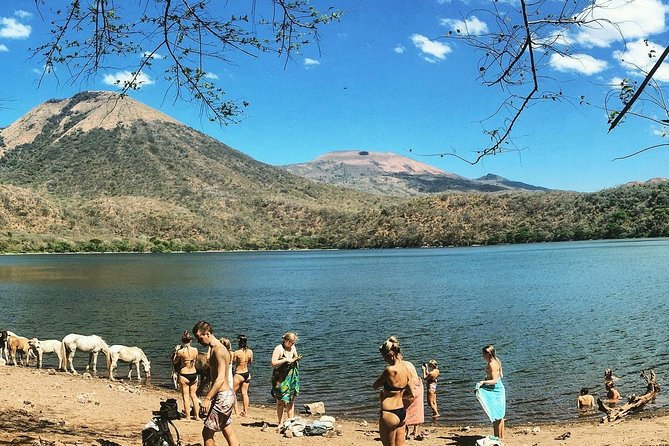Old Leon and Asososca Lagoon Private Tour