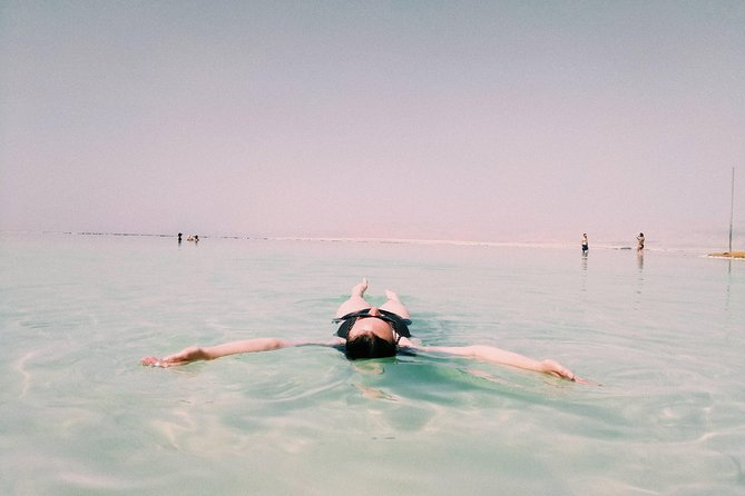Dead Sea flouting