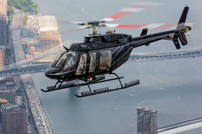 New York City Skyline Helicopter Tour and Luxury Transfer from Manhattan