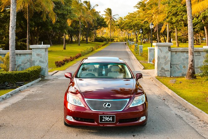 luxury, Private, transfers (one way) Hewanorra International Airport St Lucia