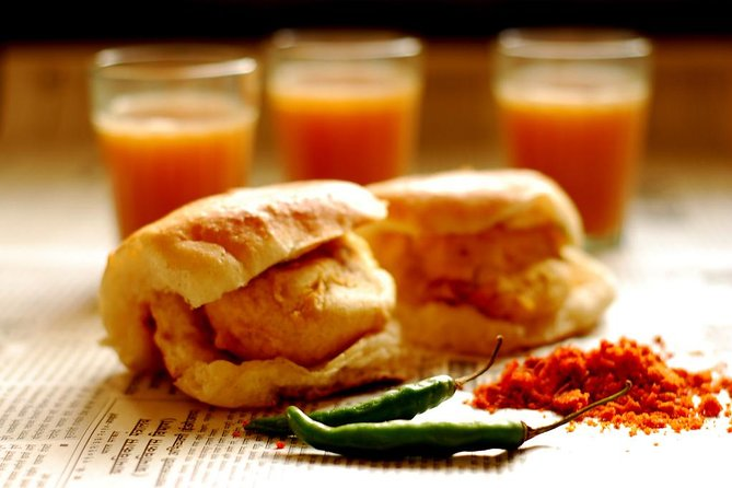 Street Food and walking tour of Mumbai