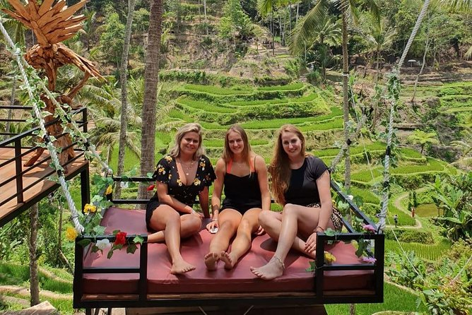 Ubud Highlight Spot Day Trip : Tibumana Waterfalls, Holy Water Temple & more
