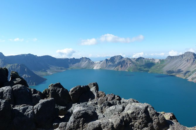4-Day Private Tour Combo Package of Changbai Mountain with Accommodation