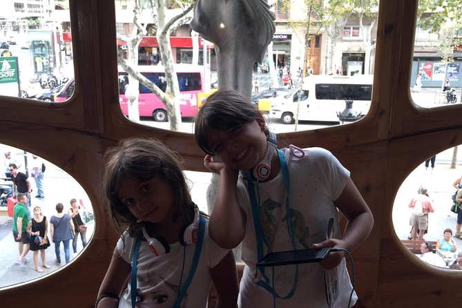 Private Tour: Gaudi Experience for Families