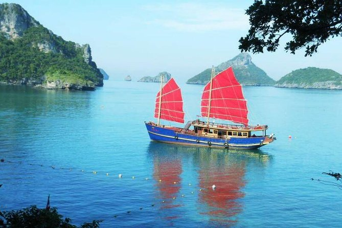 Day Cruise 10h to Angthong Marine Park on luxury boat / incl. breakfast & lunch