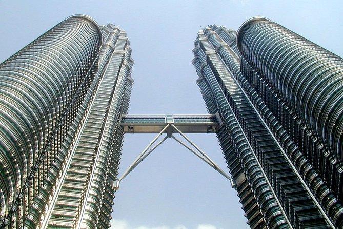 Kuala Lumpur City Tour Include Petronas Twin Tower Entrance