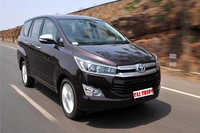 Private Agra to Delhi Airport or Hotel Transfer