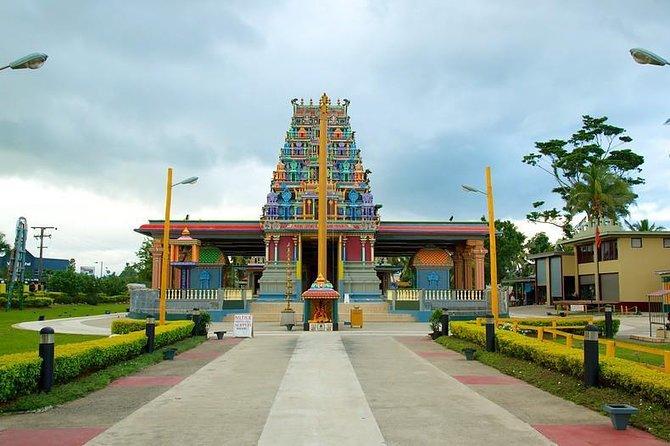 Fiji Fijian Village & Nadi Temple Tour
