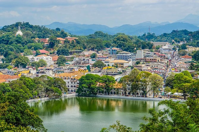 Kandy in a Day - Private Tour from Negombo photo 4