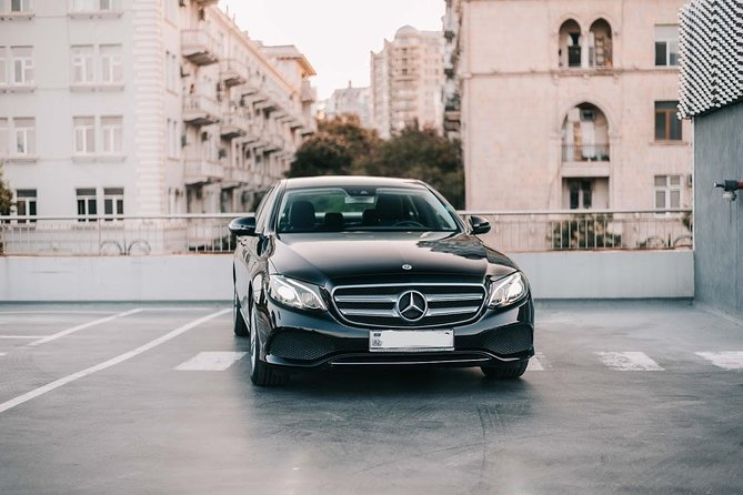 Departure Private Transfer Baku City to Baku Airport GYD in Business Car