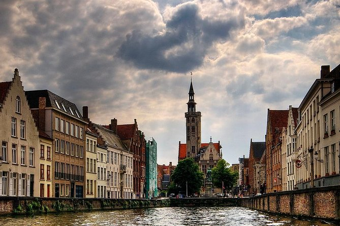 Private 3-hour walking tour of Bruges with official tour guide