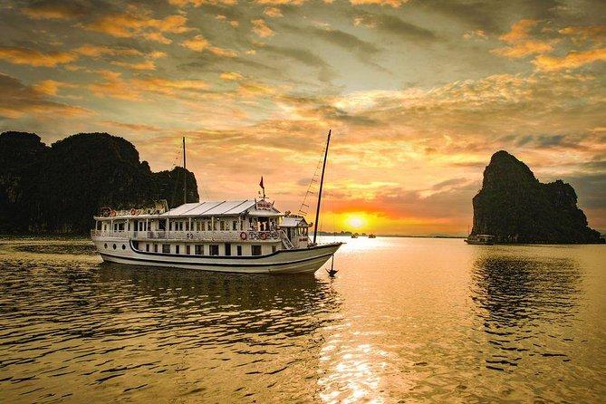Halong Seasun Cruise 2 Days 1 Night