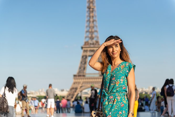 Fast Track Guided Louvre & Eiffel Tower with optional lunch