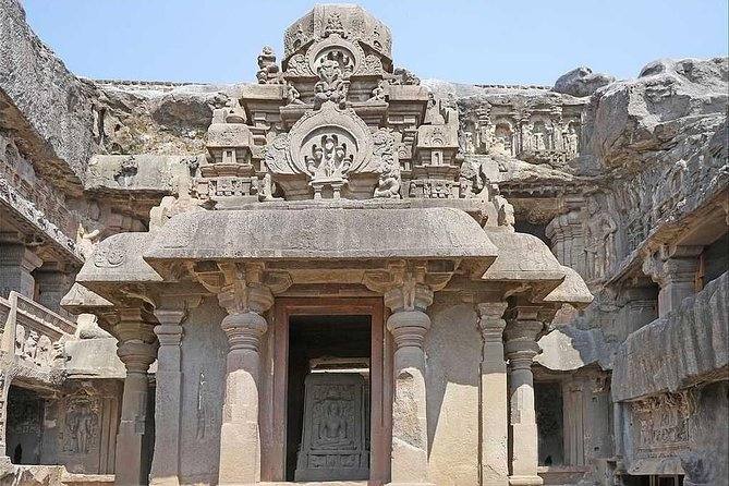2-Day Private Ajanra and Ellora Caves Tour.