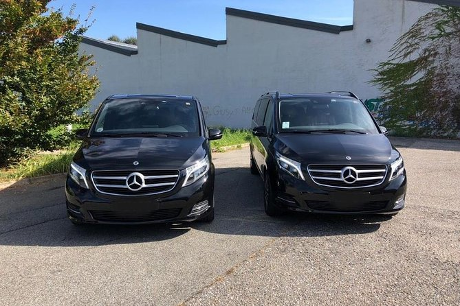 Transfer Minibus Premium to or from Porto