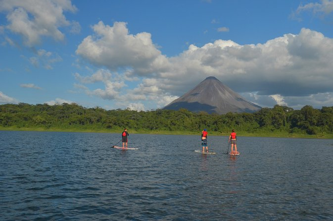 Stand Up Paddle Board en el Lago Arenal