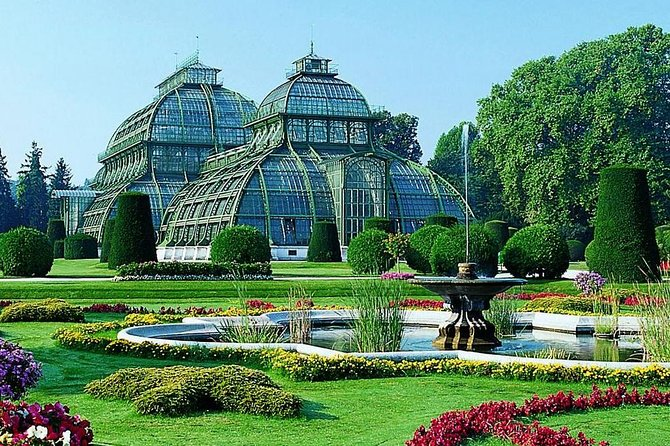 Private day tour to The Botanic Gardens and Botanical Museum