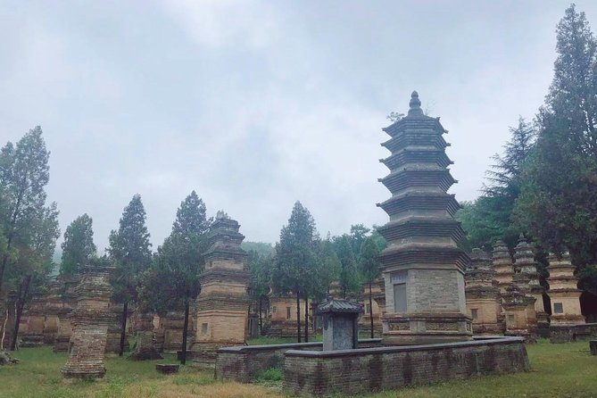Private 3-Day Tour Featuring Shaolin Temple and other Must-See Spots in Henan photo 8