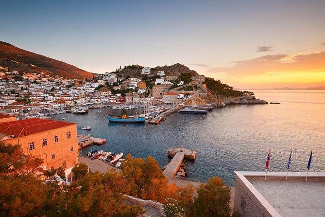 6 Day Tour to visit, Athens, Delphi, Cruise to Saronic Islands & Santorini tour