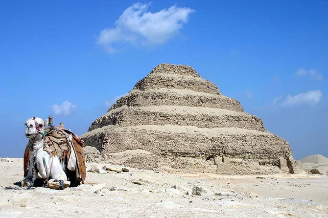 Giza Pyramids, Memphis and Sakkara Day Trip