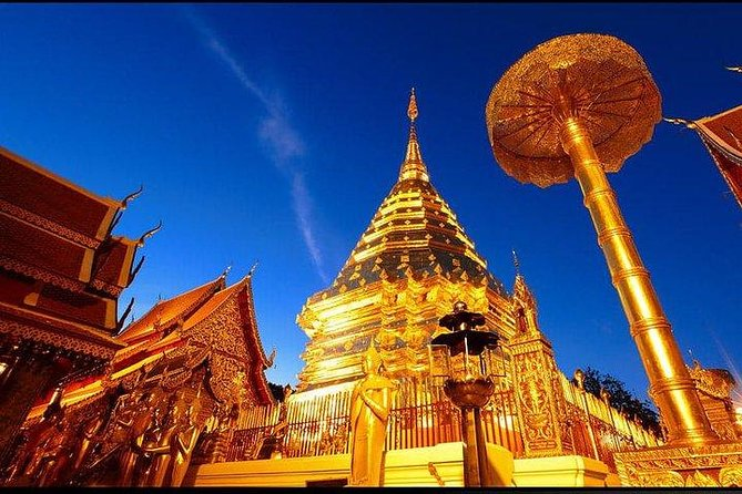 Private VAN with driver visiting Doi Suthep, Long Neck Village and Royal Temples