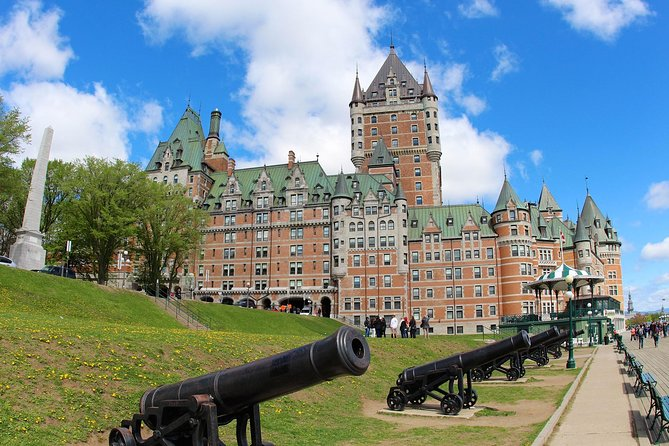 Private Guided Tour: Walkthrough the Old Quebec City (permit owner)