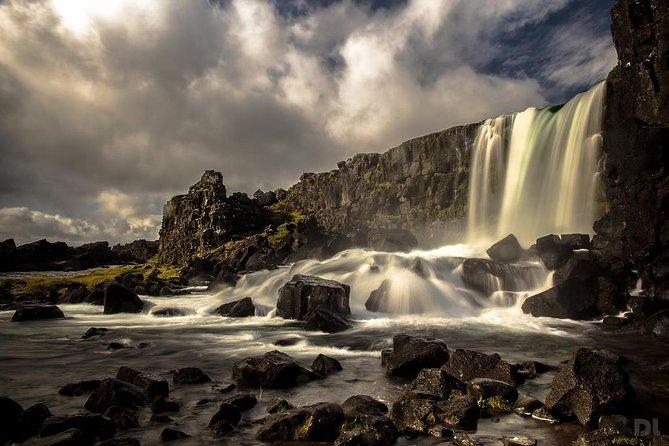 Gita di un giorno per piccoli gruppi a Golden Circle e Lava Tube Caving da Reykjavik